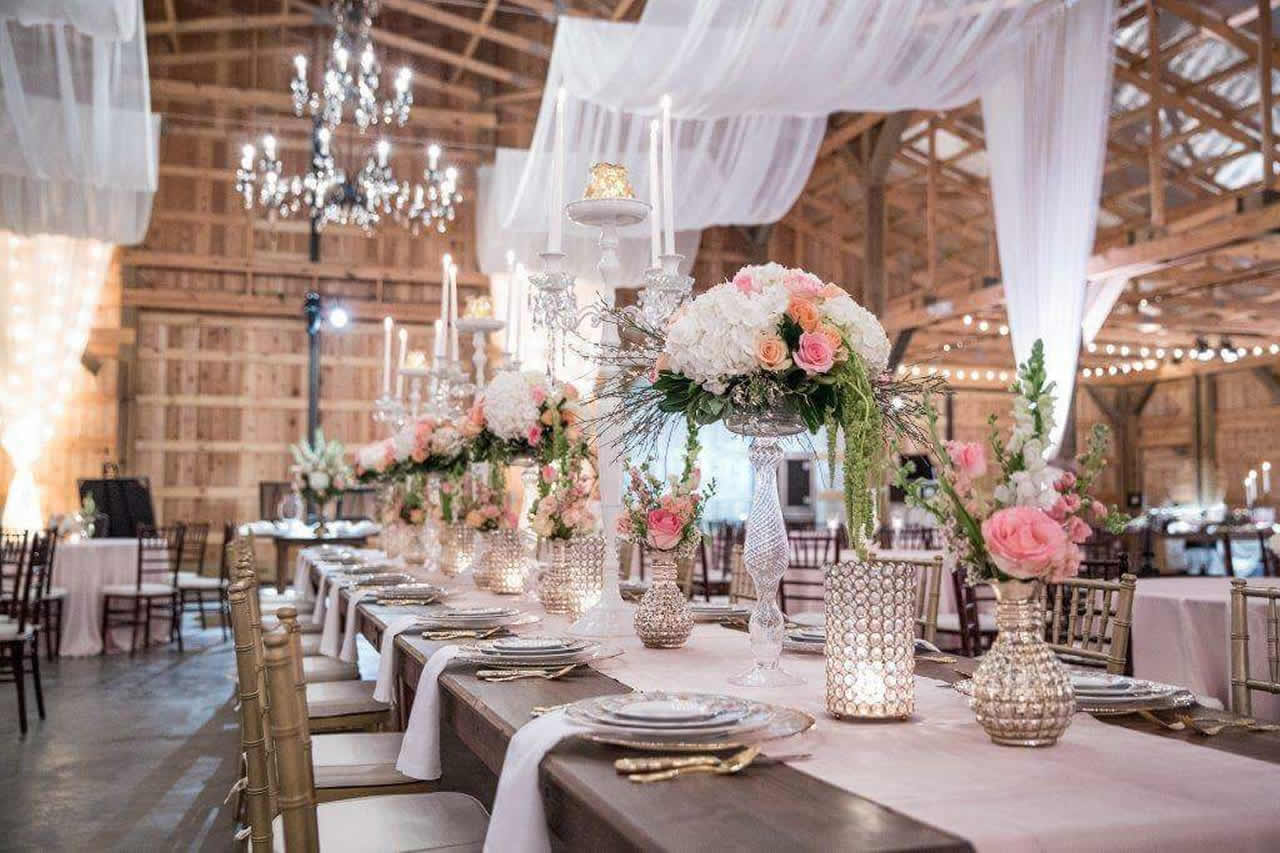 elegant-barn-wedding
